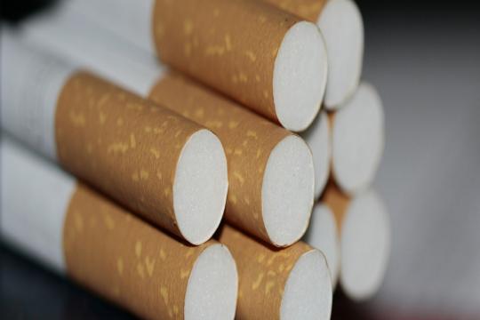 С 1 апреля табачные изделия подорожают что лучше айкос или сигареты купить